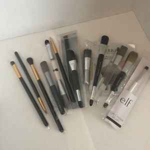 Other - NEW Assorted Makeup Brushes